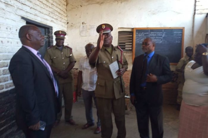 Prison Warders Using Inmates' Cells As Offices