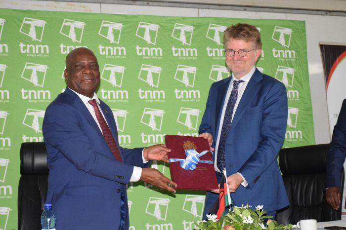 Govt, TNM Sign Online Learning Agreement