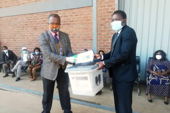 Malawi Electoral Body  Hands Over Polling Materials to Parliament