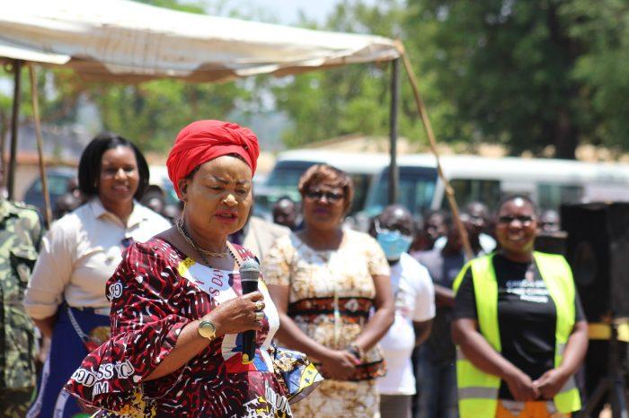 Gender Minister Kaliati Pays Homage to Former First Ladies